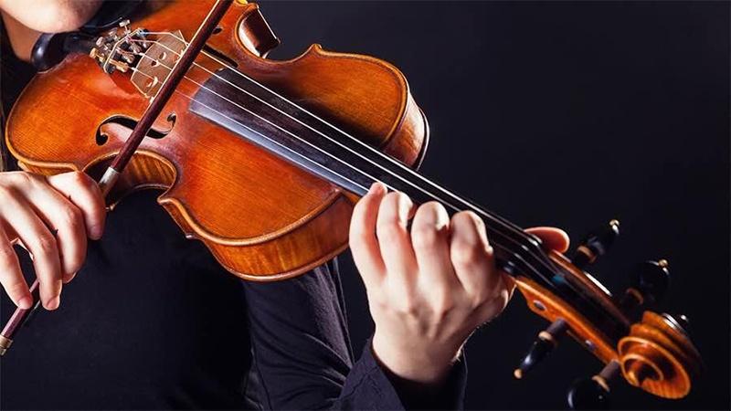 Chiêm bao thấy mình chơi đàn Violin